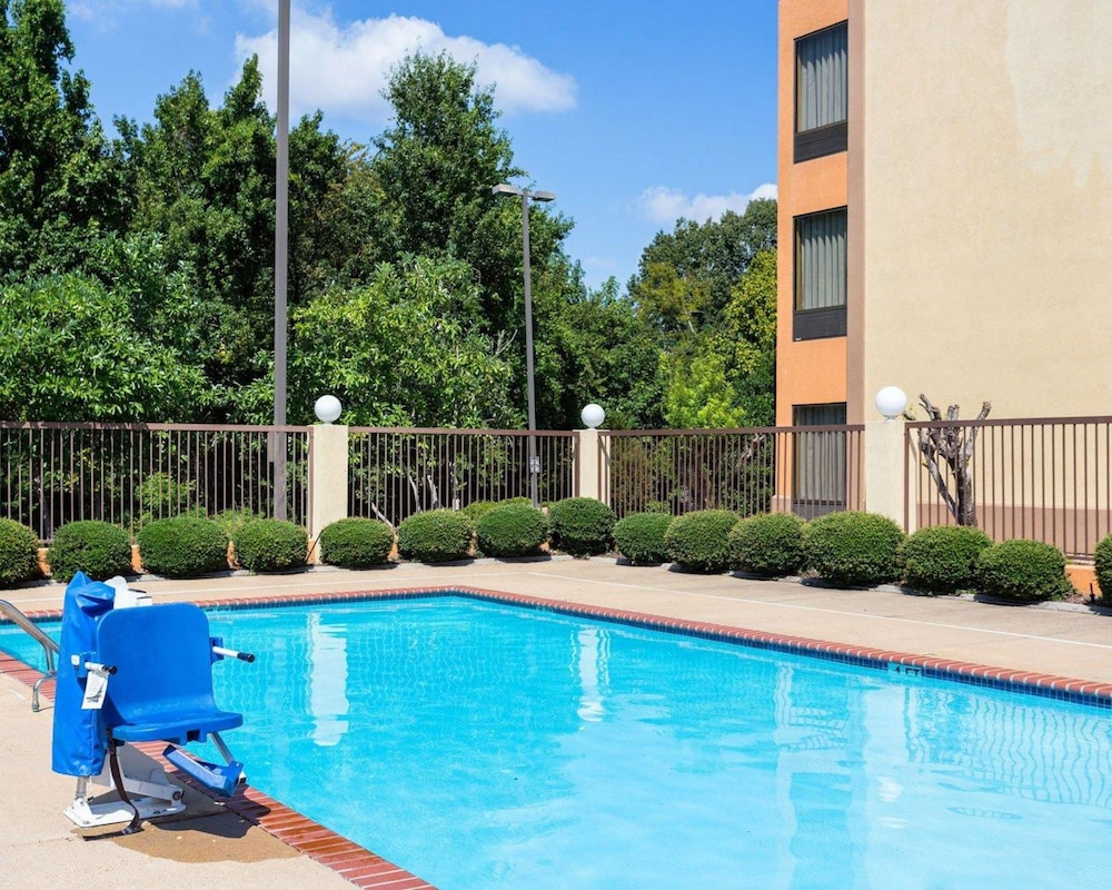 Pool, Comfort Inn Horn Lake - Southaven