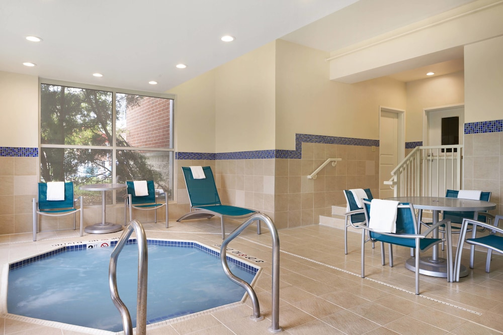Indoor Spa Tub, TownePlace Suites Chicago Naperville