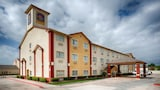 Best Western Plus Greentree Inn & Suites - Moore Hotels