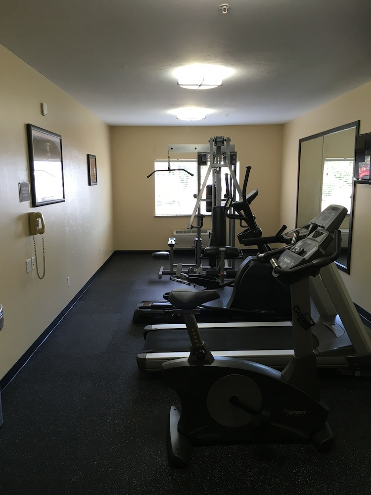 Fitness Facility, Best Western Greentree Inn & Suites