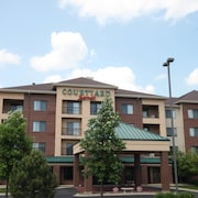 Courtyard by Marriott Chicago Bloomingdale