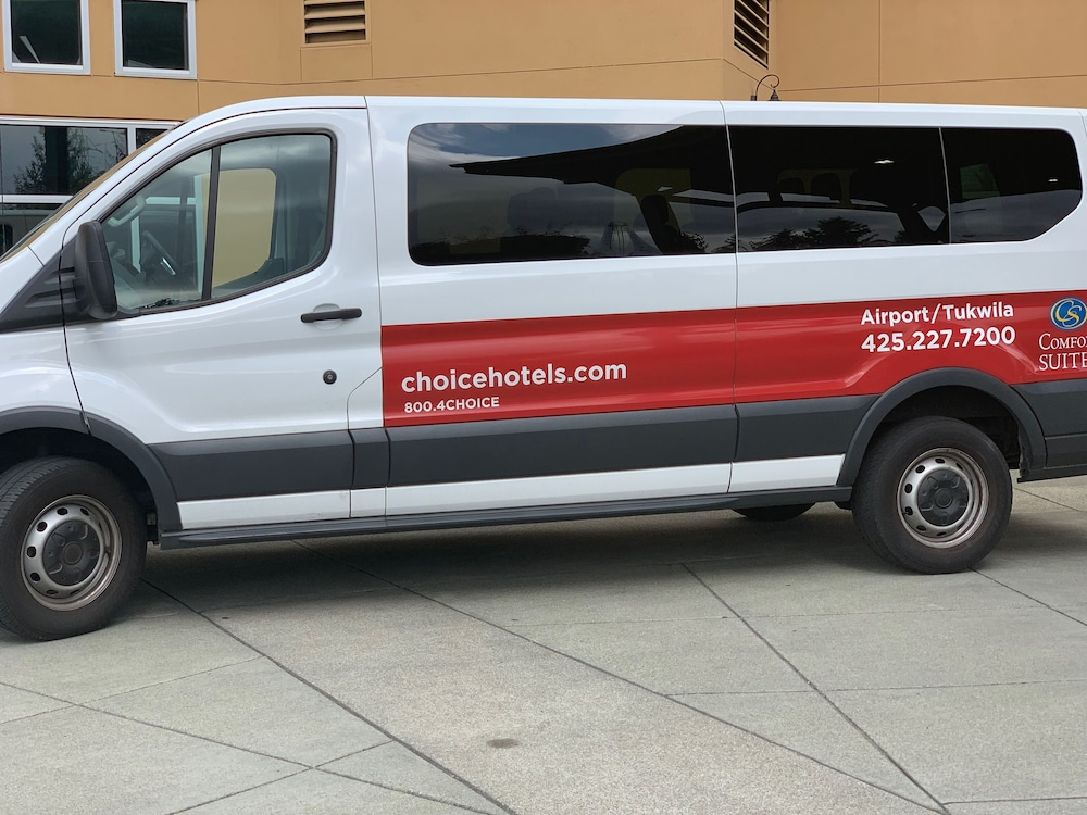 Airport Shuttle, Comfort Suites Airport