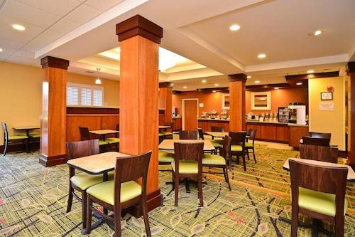 Great Place to stay Fairfield Inn Suites by Marriott Cherokee near Cherokee