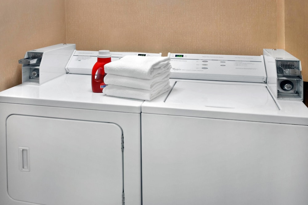 Laundry Room, Fairfield Inn by Marriott Burlington Williston