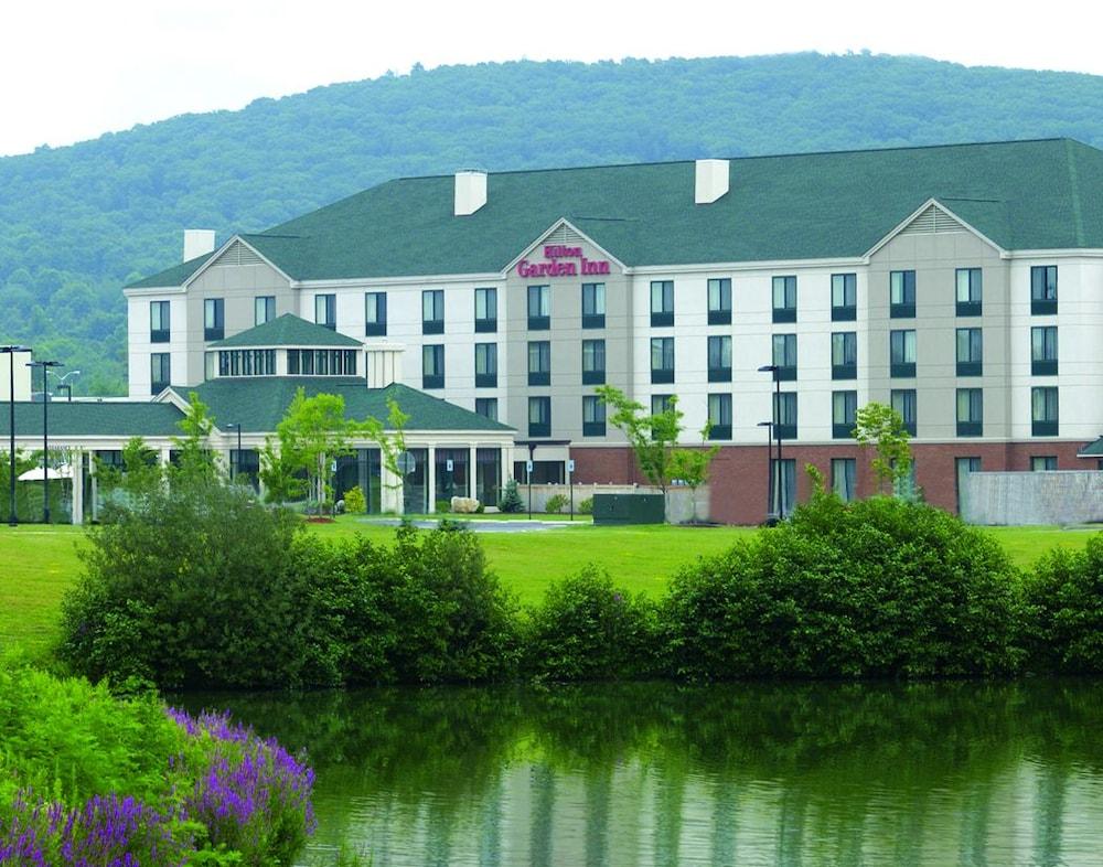 Hilton garden inn fishkill in poughkeepsie hotel rates reviews on orbitz for Hilton garden inn poughkeepsie fishkill