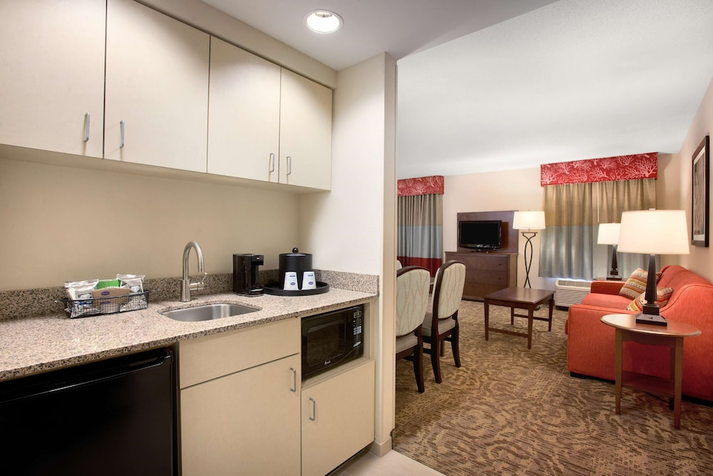 Private Kitchen, Hampton Inn & Suites Outer Banks-Corolla