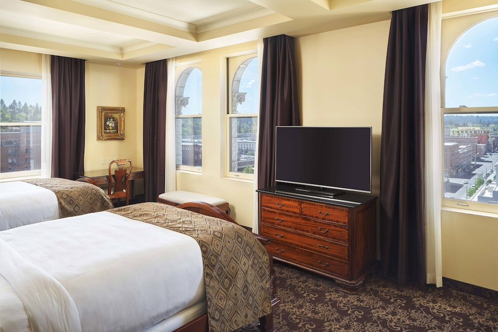 Room, The Historic Davenport, Autograph Collection