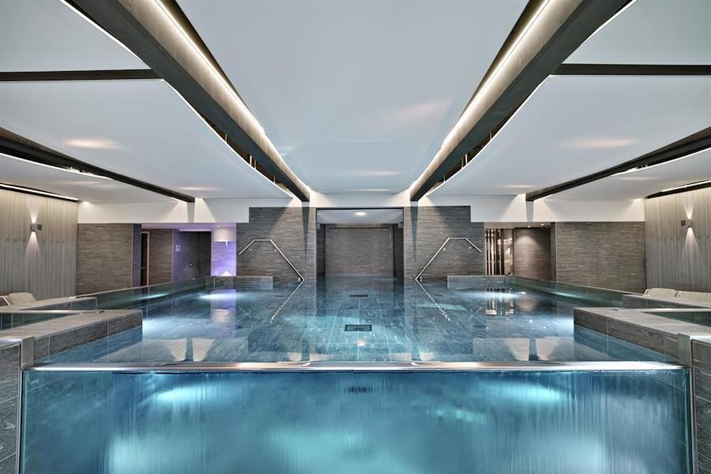l 39 imp rial palace 2019 room prices 225 deals reviews. Black Bedroom Furniture Sets. Home Design Ideas