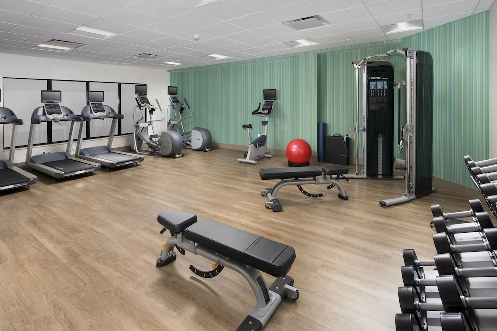 Fitness Facility, Holiday Inn Express & Suites Baltimore - BWI Airport North