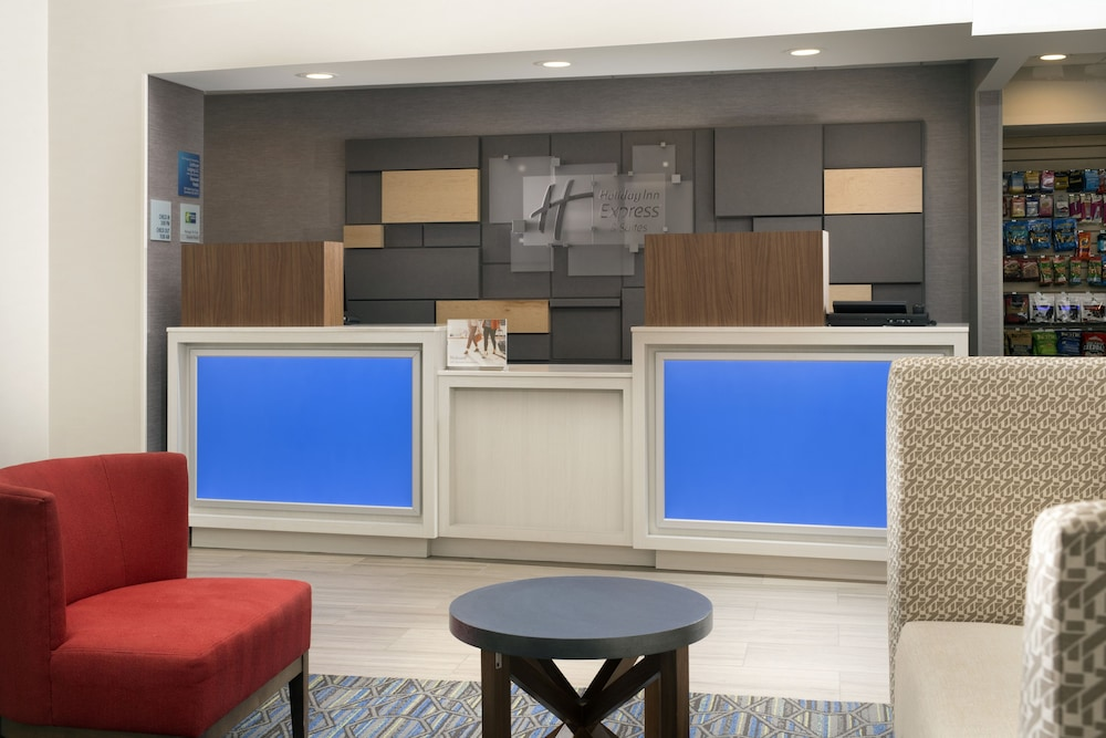Lobby, Holiday Inn Express & Suites Baltimore - BWI Airport North