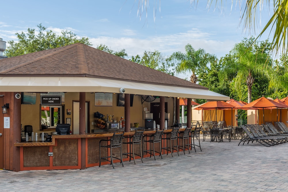 Poolside Bar, Mystic Dunes Resort & Golf Club by Diamond Resorts