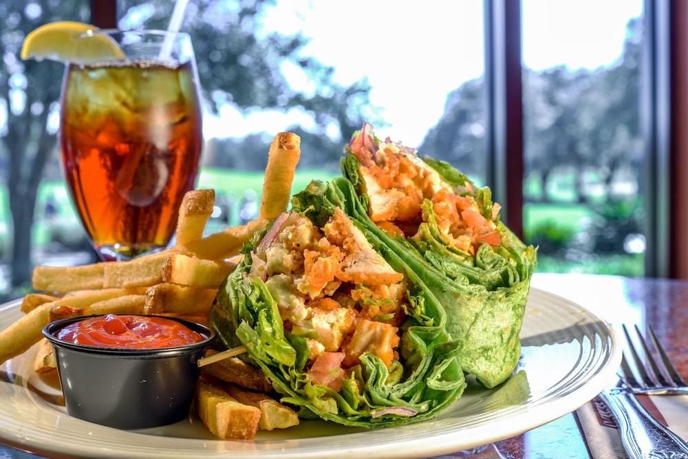 Food and Drink, Mystic Dunes Resort & Golf Club by Diamond Resorts