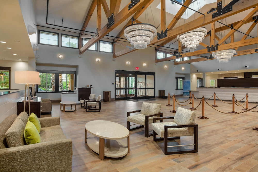 Lobby Sitting Area, Mystic Dunes Resort & Golf Club by Diamond Resorts