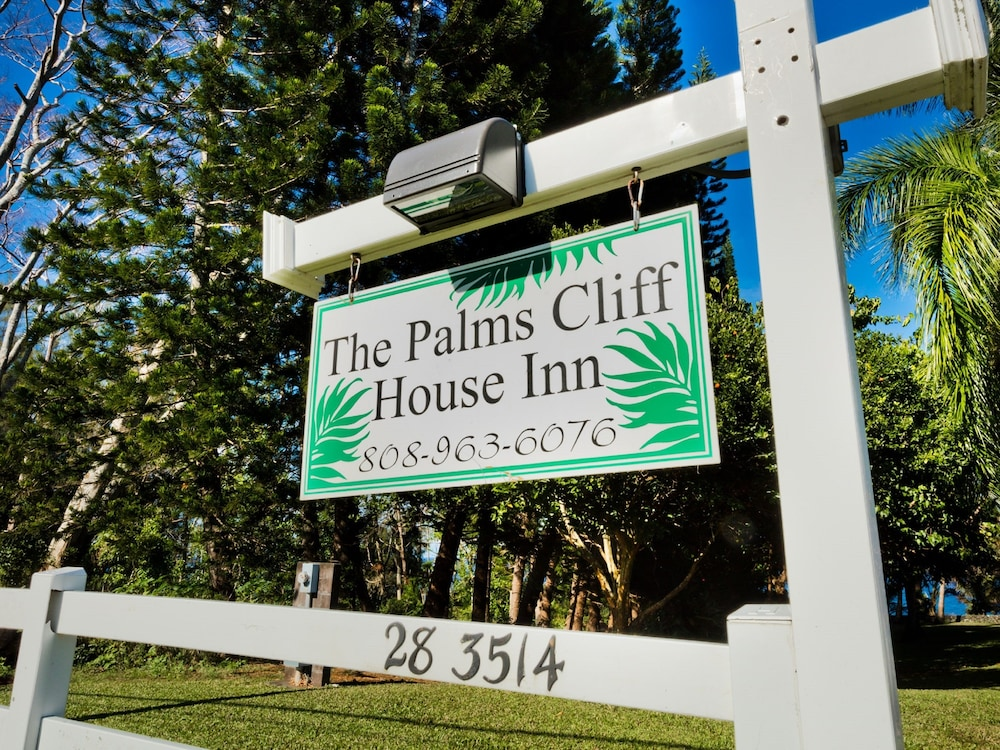 Book The Palms Cliff House Inn | Honomu Hotel Deals