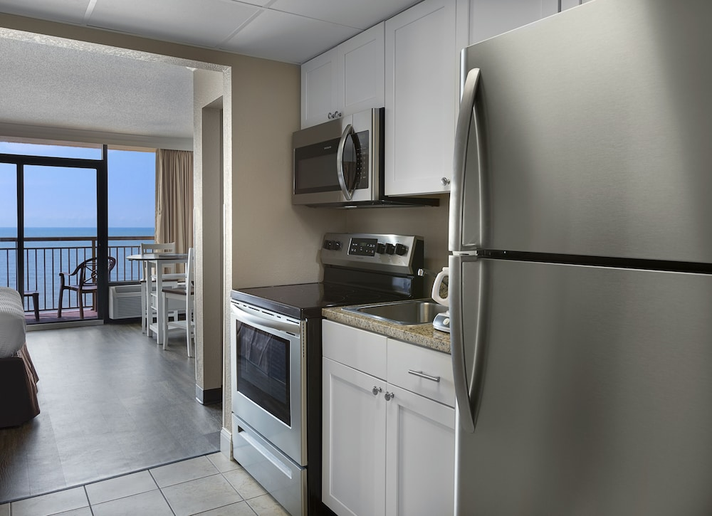 Private Kitchenette, The Caravelle Resort