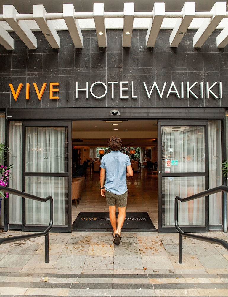 Front of Property, Vive Hotel Waikiki