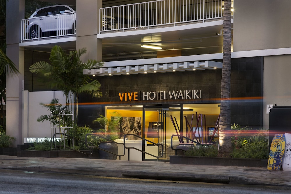 Front of Property - Evening/Night, Vive Hotel Waikiki