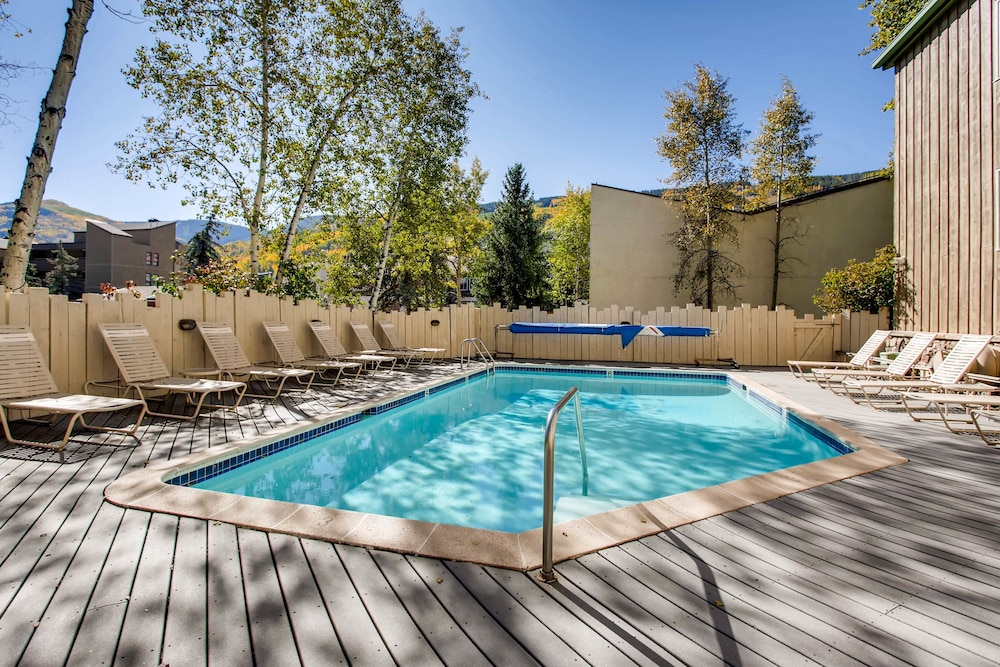 Outdoor Pool, Westwind at Vail