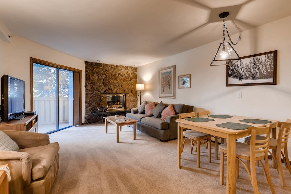 Living Area, Westwind at Vail