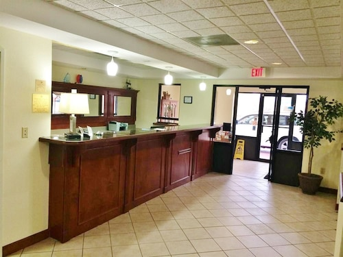 America's Best Inn and Suites Flowood