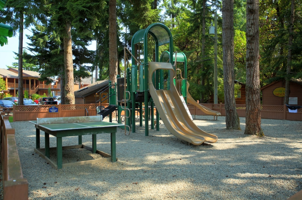 Children's Play Area - Outdoor, Tigh-Na-Mara Seaside Spa Resort