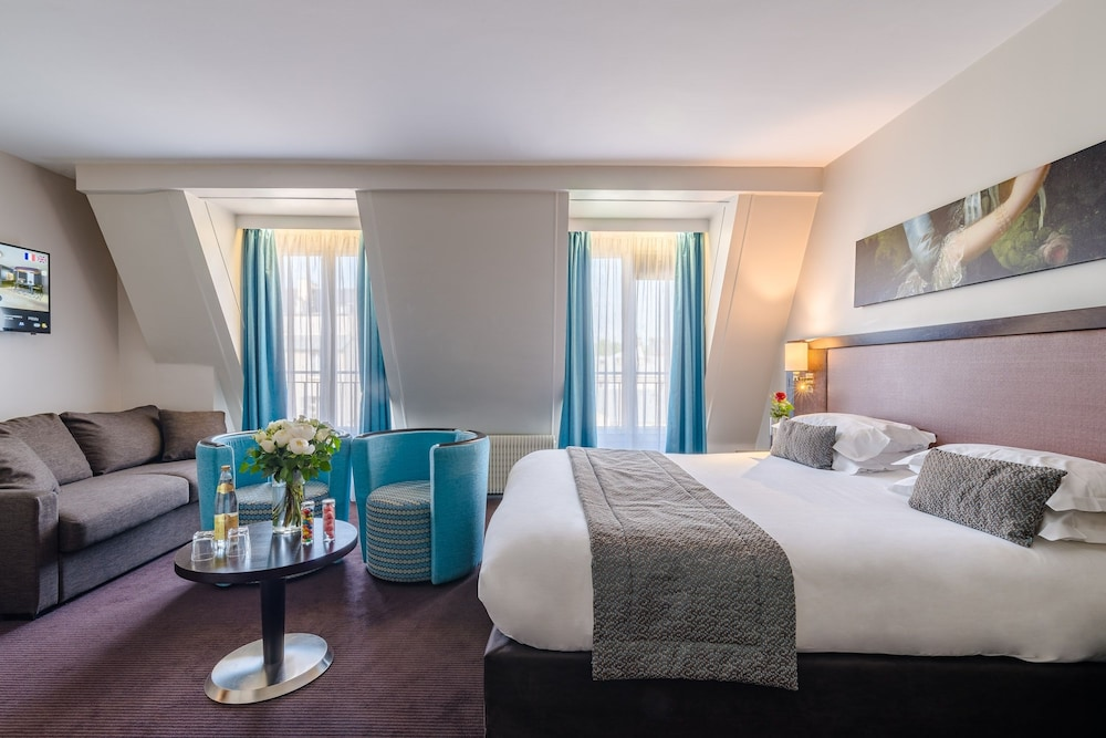 Rent Townhouses in Île-de-France, France from $20/night côte prove Find unique places stay.