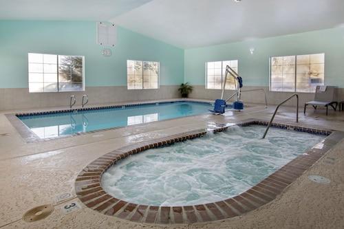 Great Place to stay Quality Inn & Suites Liberty Lake - Spokane Valley near Liberty Lake