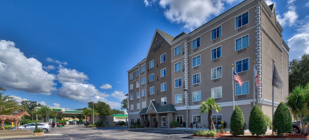 Property Entrance, Country Inn & Suites by Radisson, Ocala, FL