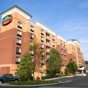 Courtyard by Marriott Woburn/Boston North