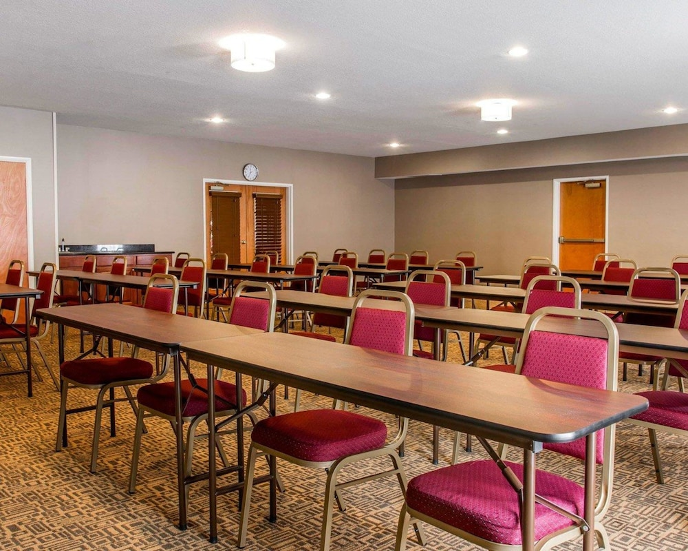 Meeting Facility, Comfort Suites Benton Harbor - St. Joseph