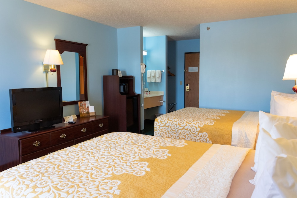 Room, Days Inn by Wyndham Battlefield Rd/Hwy 65