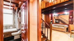 Minibar, coffre-forts dans les chambres, bureau, chambres insonorisées