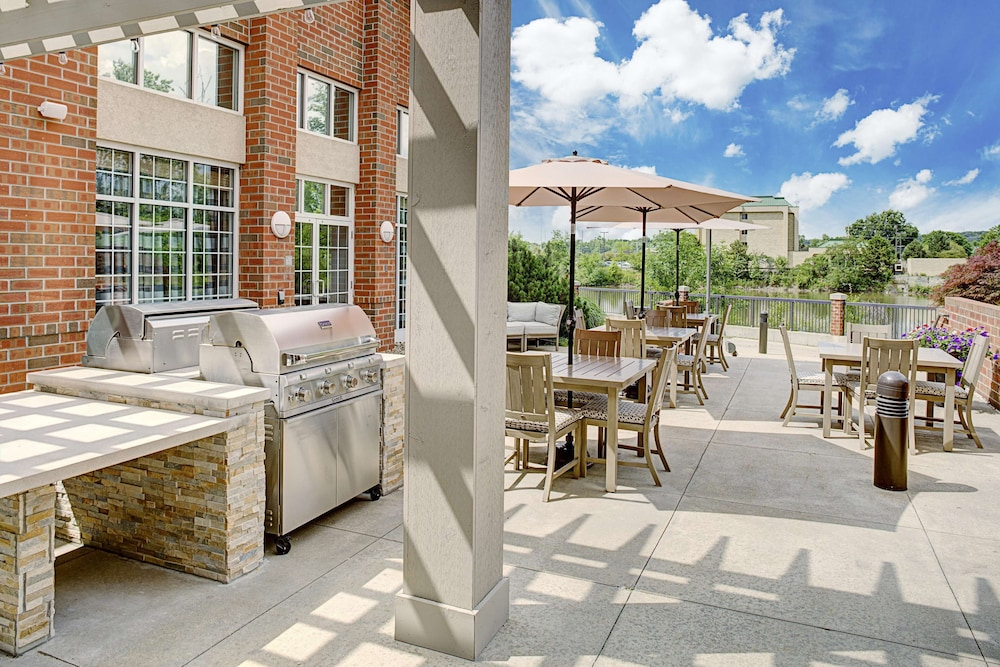 BBQ/Picnic Area, Homewood Suites ClevelandSolon