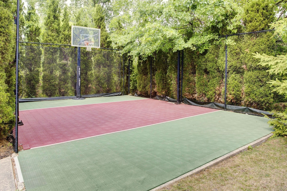 Sport Court, Homewood Suites ClevelandSolon