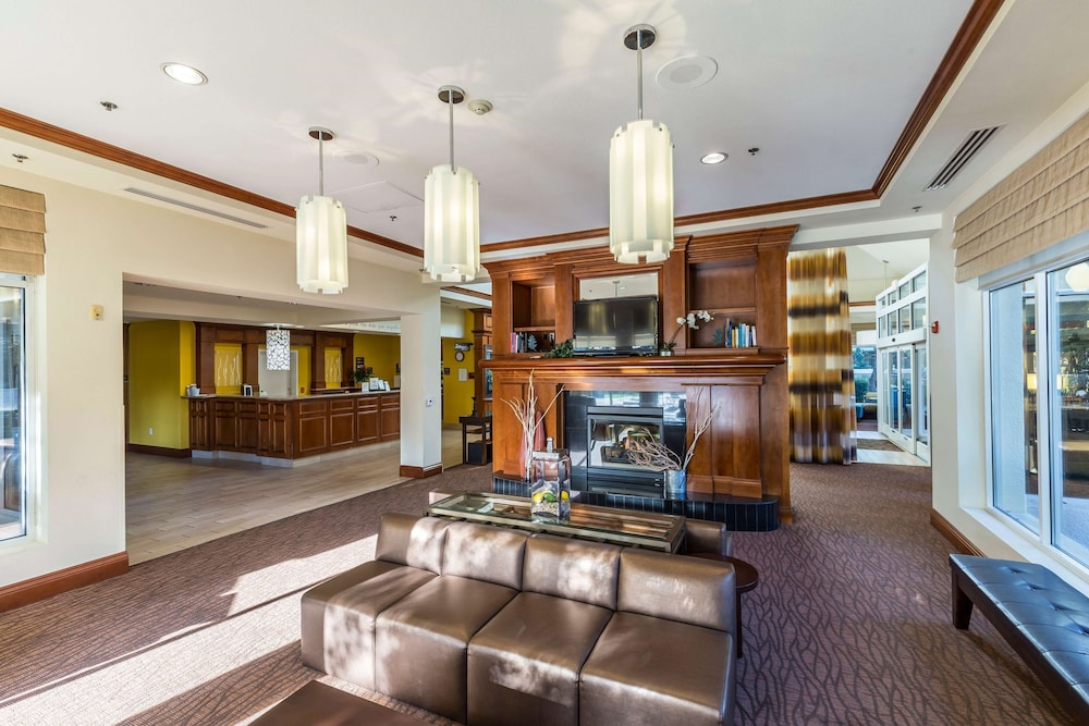 Lobby, Hilton Garden Inn Fairfield
