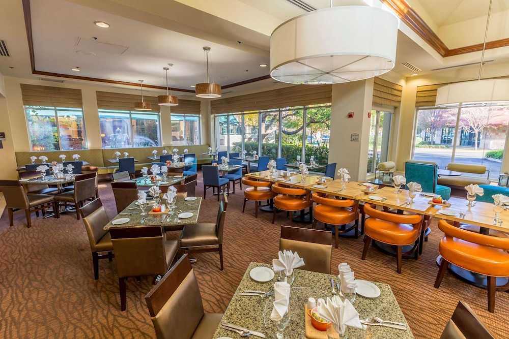 Breakfast Area, Hilton Garden Inn Fairfield