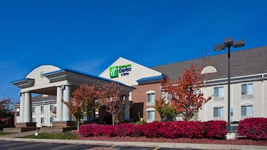 Holiday Inn Express Hotel & Suites Waterford, an IHG Hotel