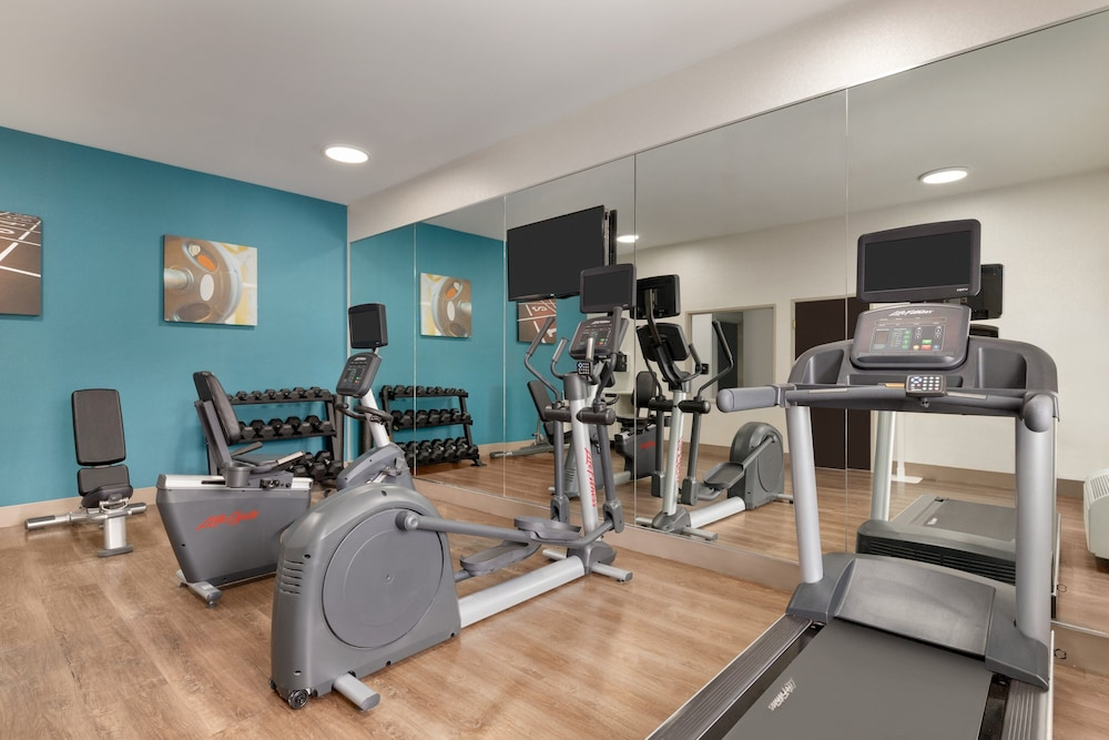 Fitness Facility, Holiday Inn Express Hotel & Suites Auburn - University Area