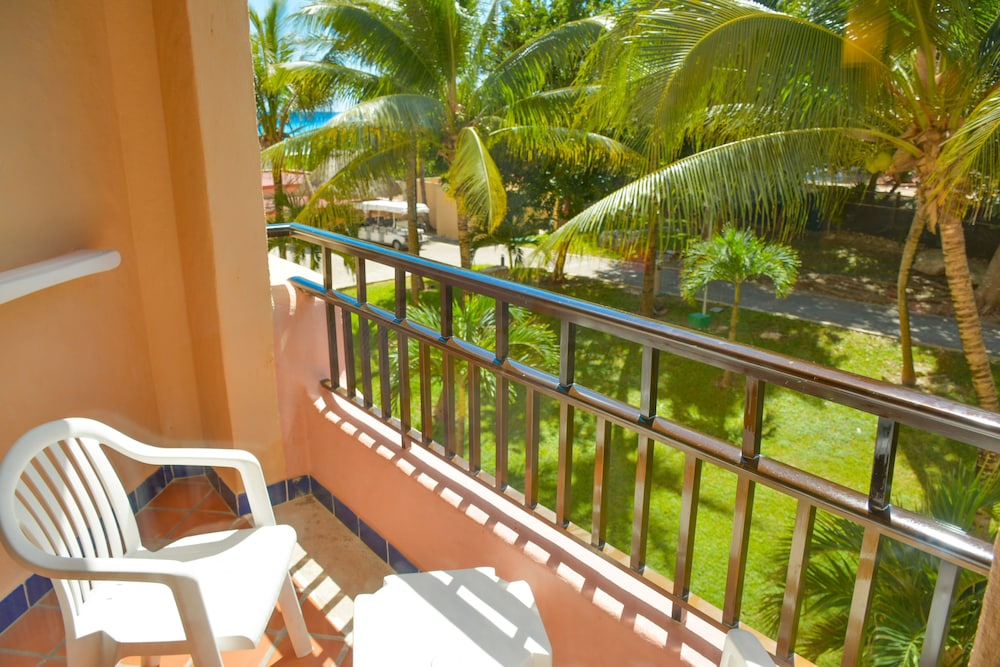 Balcony, Sandos Playacar All Inclusive