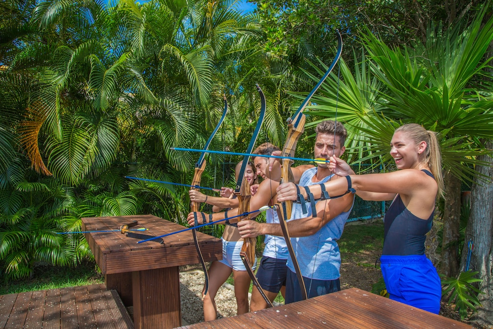 Archery, Sandos Playacar All Inclusive