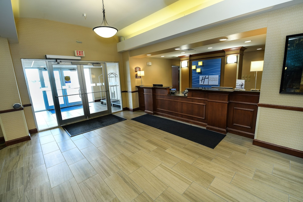 Check-in/Check-out Kiosk, Holiday Inn Express Hotel & Suites Grand Forks