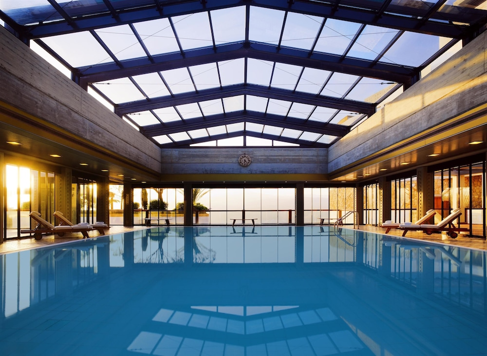 Grand hills a luxury collection hotel spa broumana for Luxury hotel collection