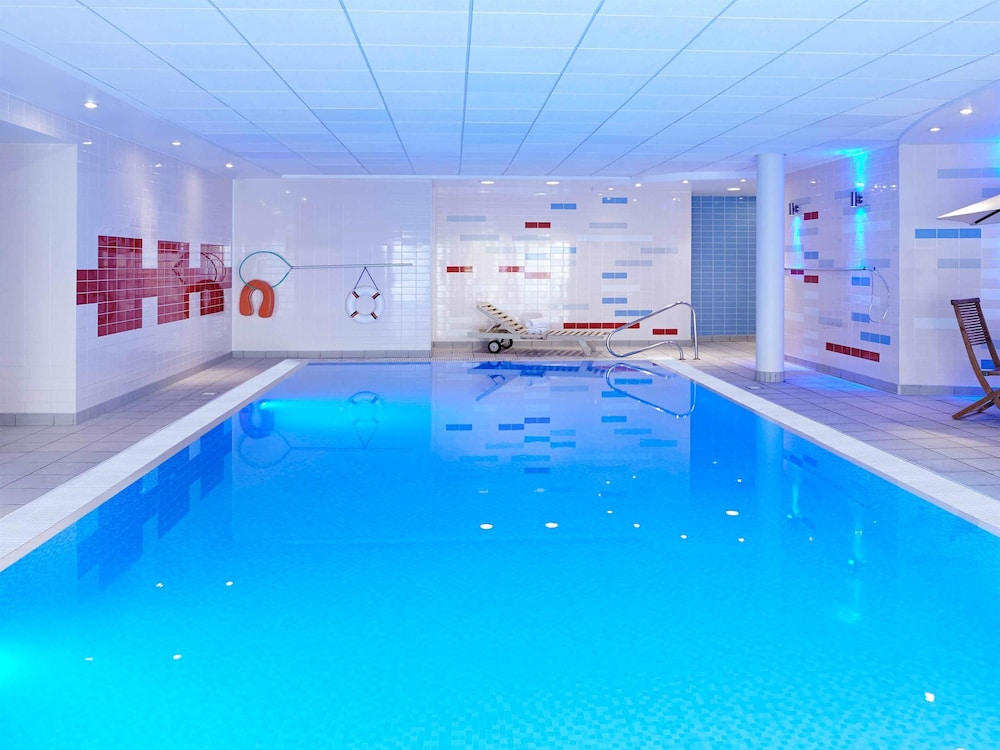 Hotels In Milton Keynes With Swimming Pool