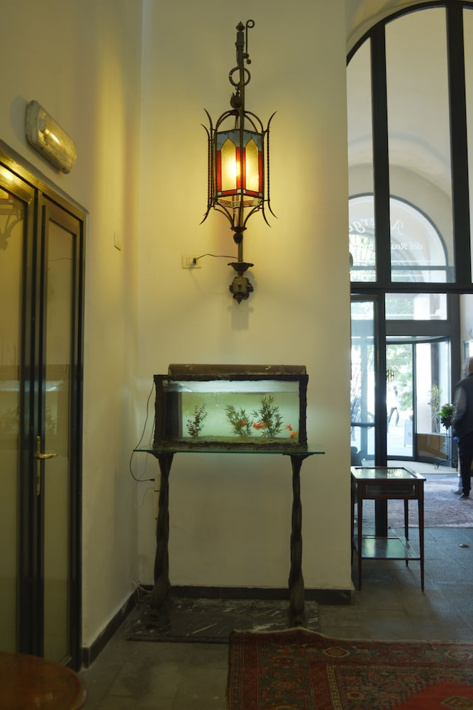Hotel Real Orto Botanico Neapel Hotelbewertungen 2019 Expedia De