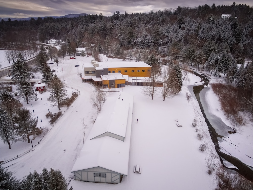 Aerial View, Sun & Ski Inn And Suites