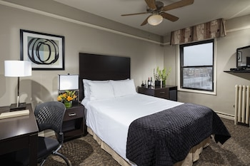Standard Room, 1 Queen Bed - Featured Image