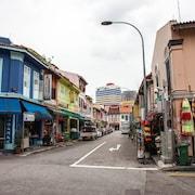 Quang cảnh đường phố