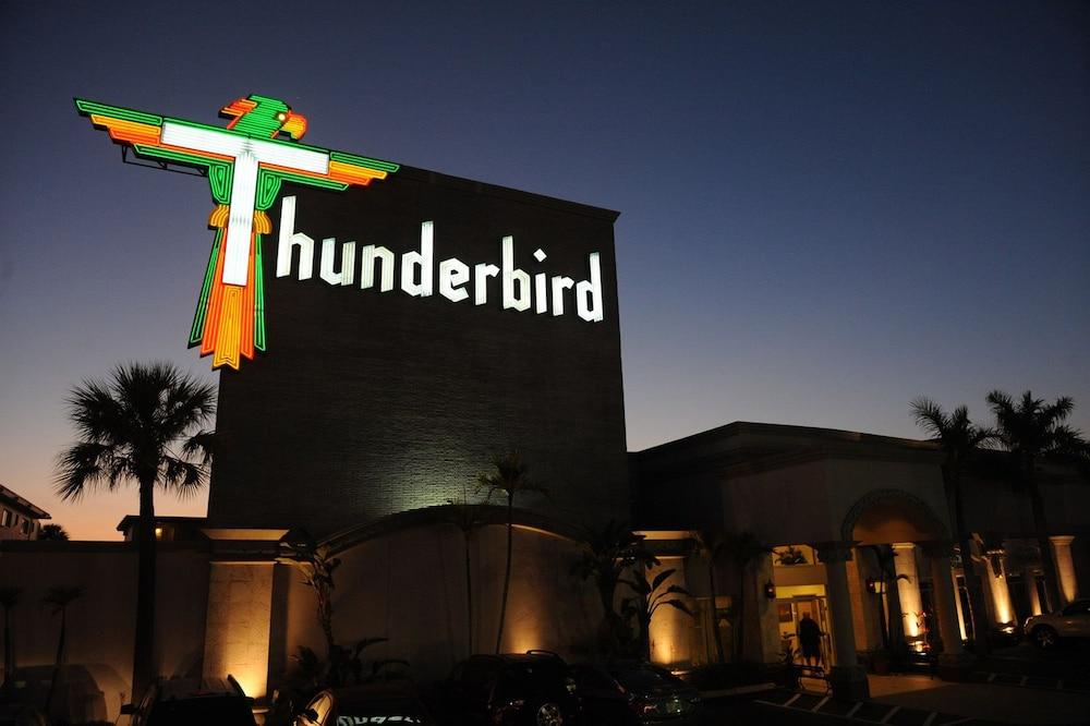 thunderbird beach resort reviews photos rates. Black Bedroom Furniture Sets. Home Design Ideas