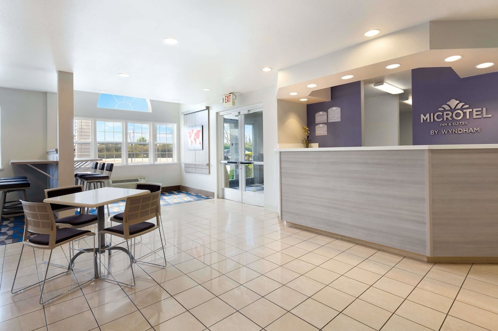 Microtel Inn Suites By Wyndham Modesto Ceres In Modesto Hotel