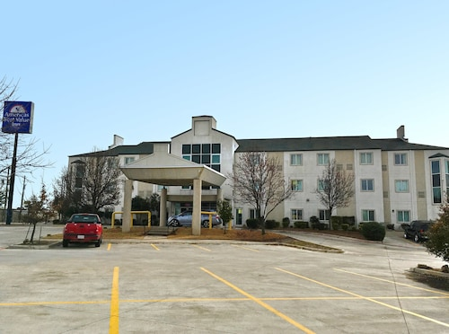 Americas Best Value Inn - Decatur, TX